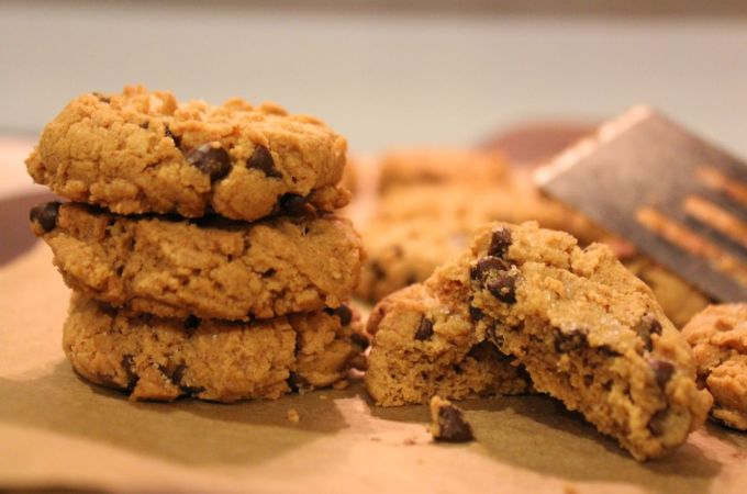 Gluten Free Peanut Butter Cookie Recipe – Adaptable for Allergies